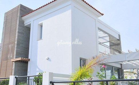 Cyprus Villa Pernera-Beach Click this image to view full property details